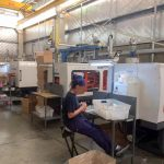 Maquinas inyectoras en fabrica de plasticos
